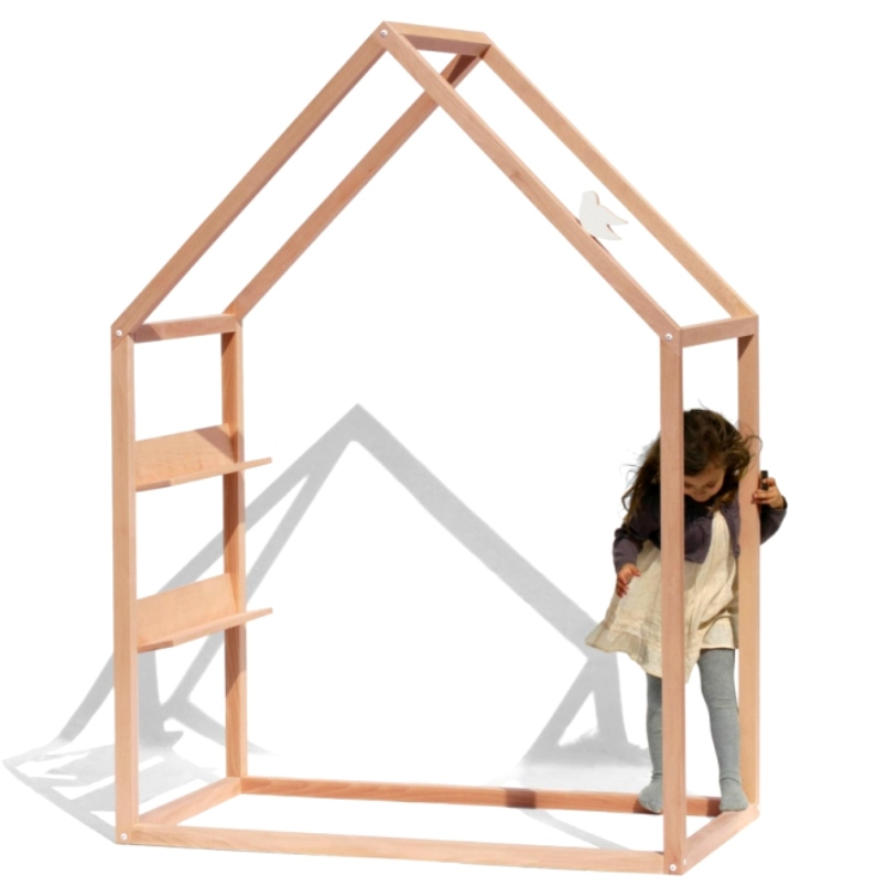 cabane bois enfant avec etageres