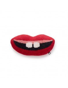 coussin bouche oeuf nyc